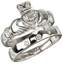 18K WG Claddagh Wedding Ring and Band Set