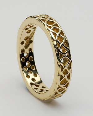 Pierced Knot Wedding Band