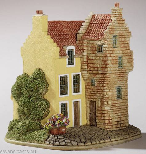 Kellie Lodging miniature Lilliput Lane collectors item